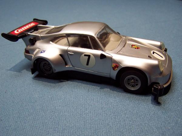 Porsche_911_RSR_1